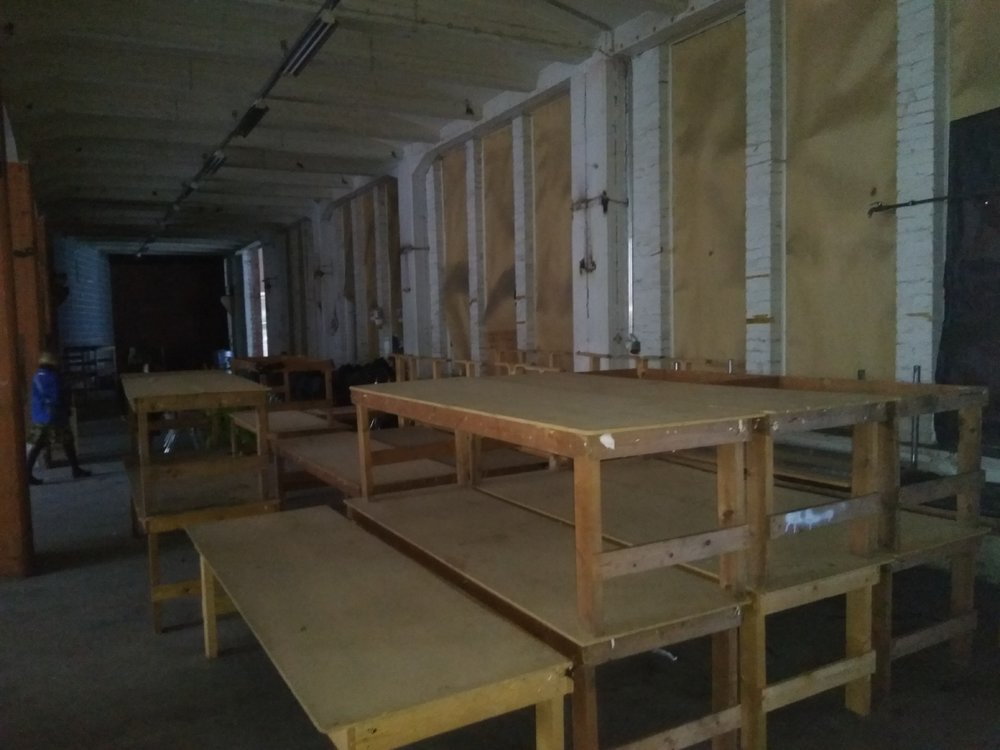 Swappia Isoja pöytiä.jpg